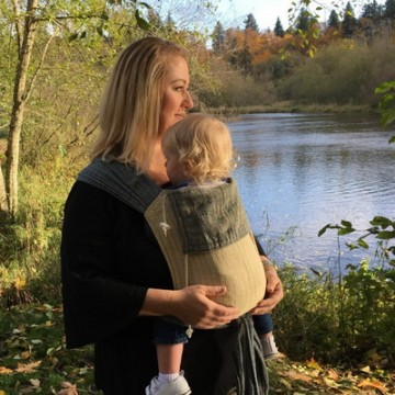 Baby SaBye: Baby carriers designed with ergonomics in mind